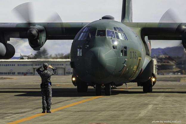 航空自衛隊第1輸送航空隊第401飛行隊 C-130H輸送機 75-1076 IMG_3622-3