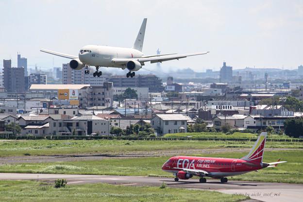 航空自衛隊 第1輸送航空隊 第404飛行隊 KC-767 空中給油機 輸送機 87-3602 IMG_6344-2
