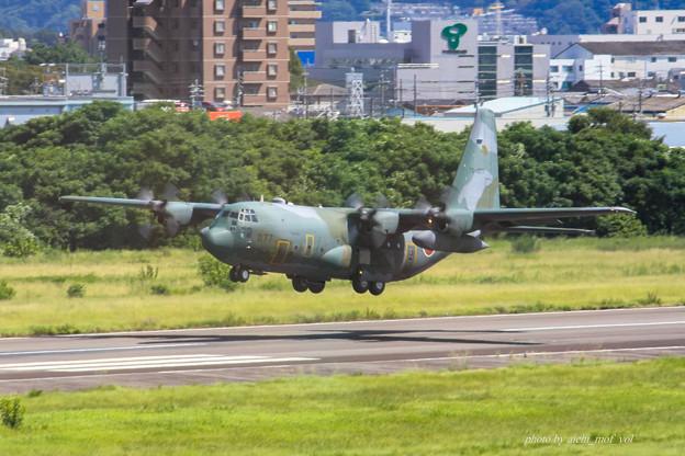 航空自衛隊 第1輸送航空隊 第401飛行隊 C-130H 輸送機 75-1077 IMG_6587-2