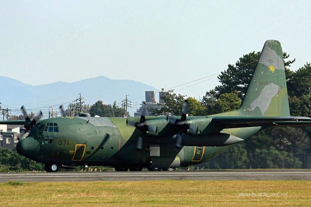 航空自衛隊 第1輸送飛行隊 第401飛行隊 C-130H 35-1071 IMG_6162_2-2