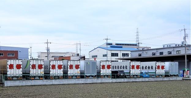 和束運輸(株)のトラック
