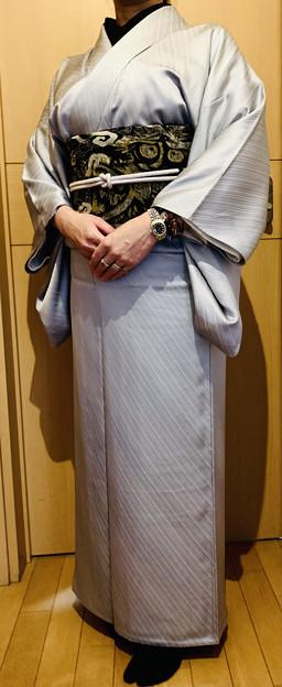 銀鼠色単衣着物に雲龍図柄半巾帯