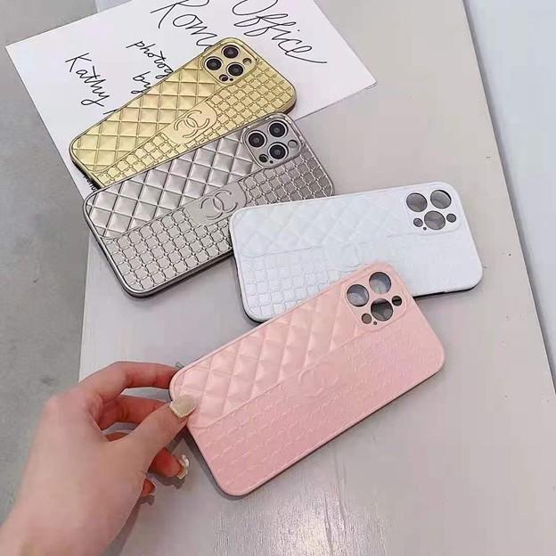 シャネル iphone13 pro max /12 pro ケース ルイ・ヴィトン キーホルダー 高級 贅沢 激安コピー