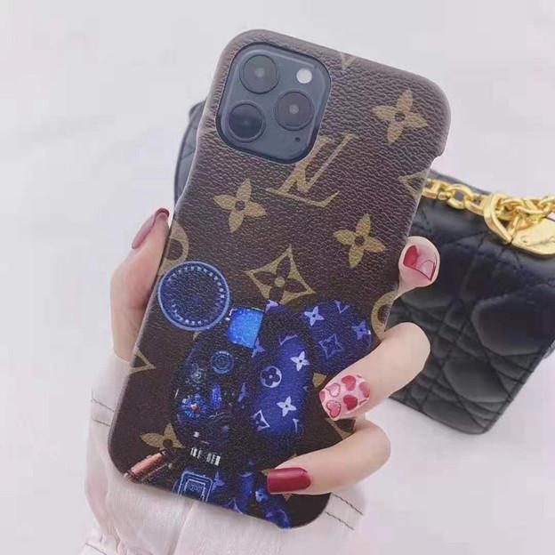 iphone13ケース supreme と galaxy s21ケース ブランド かわいい