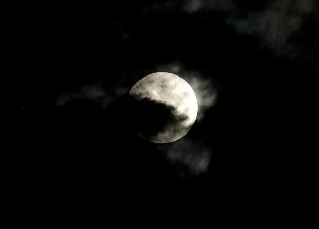 月に叢雲1