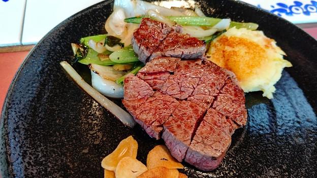 鉄板焼きステーキ(2)