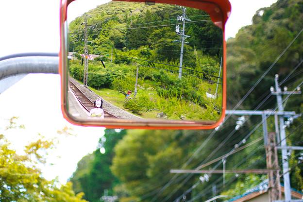 Photos: 山と駅と狐