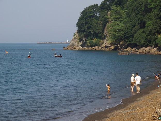 過ぎ行く夏の海辺