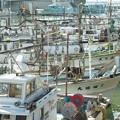 港の風景、イカ釣り船