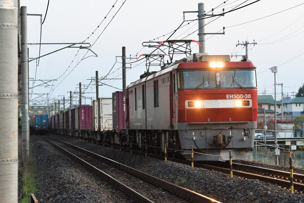 EH500-38牽引3057レ