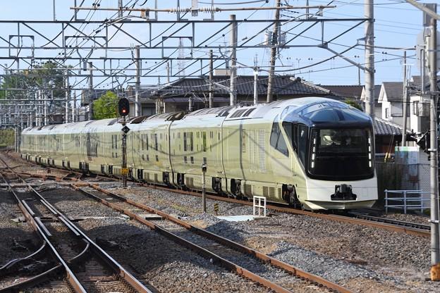 TRAIN SUITE四季島白岡通過