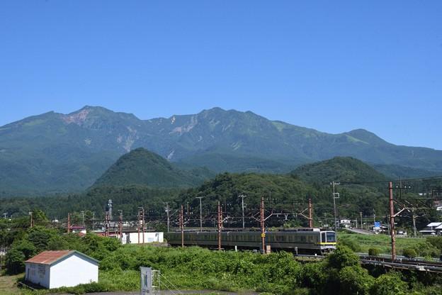 東武日光を発車する20400型普通下今市行き