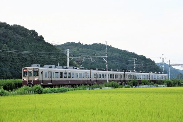 東武6050型リバイバル色急行南栗橋行き