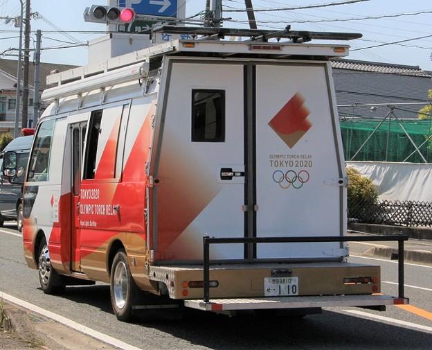 トヨタ コースター移動中継車(東京2020オリンピック仕様、後部)