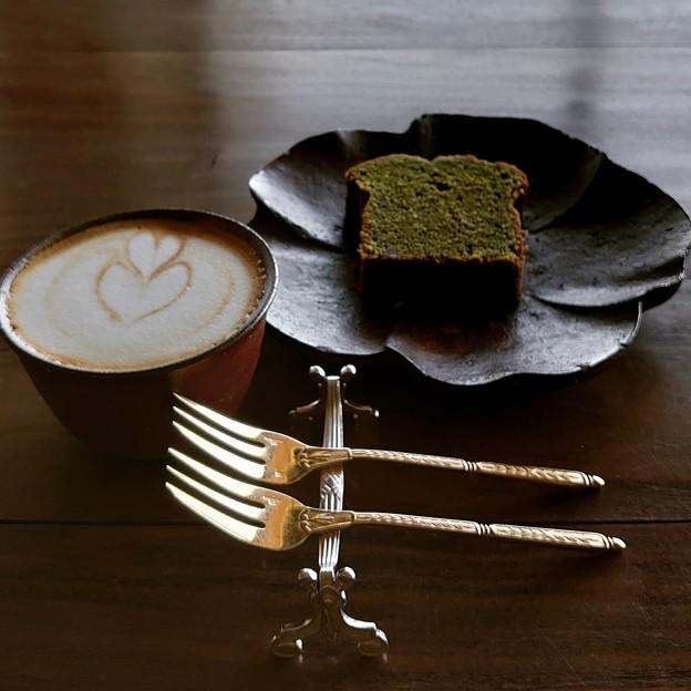 カフェにて