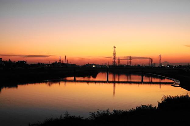 210121_52Y_夕景の川・RX10M3(鶴見川) (2)