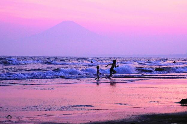 190526_70F_富士山の見える海岸で・S18200(片瀬西浜) (3)