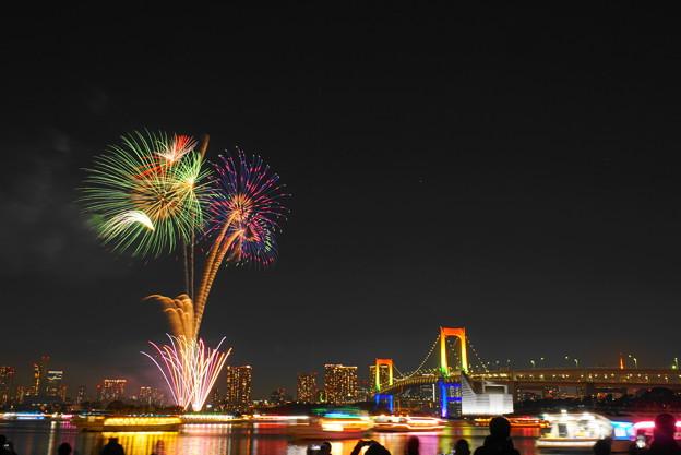 Photos: 191214_α51_花火・S1655G(お台場) (5)
