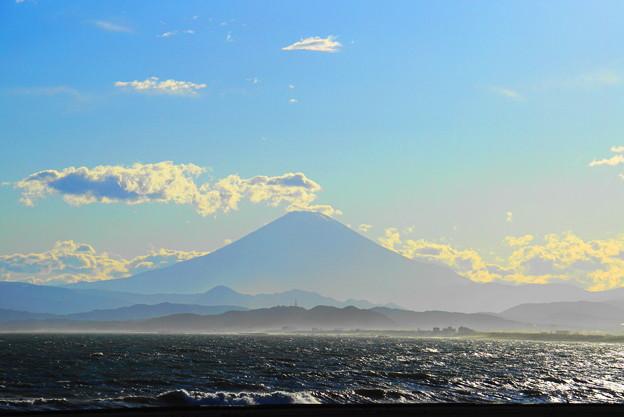 Photos: 190616_52F_富士山・S18200(片瀬西浜から)