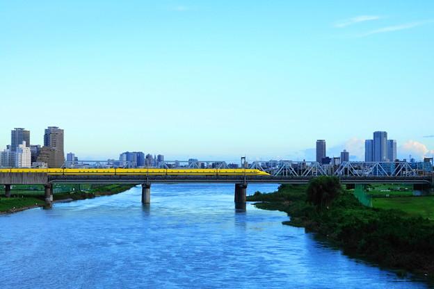 210819_52D_ドクターイエロー・上り・RX10M3(多摩川) (38)