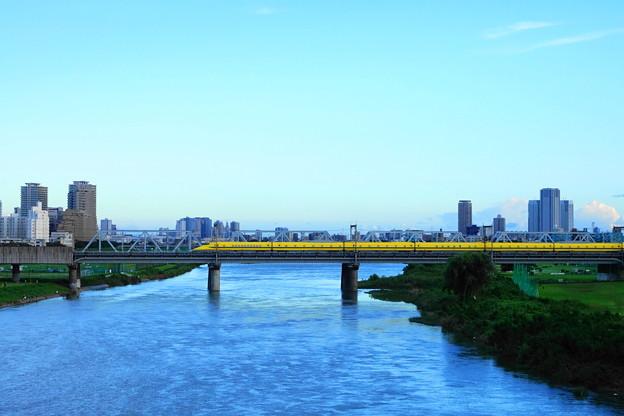210819_52D_ドクターイエロー・上り・RX10M3(多摩川) (20)