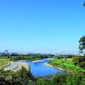 210929_02K_青い川と空・RX10M3(多摩川台公園)