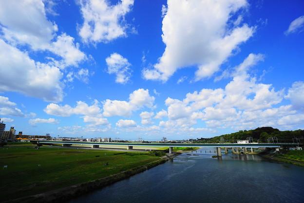 211004_07A_秋空と橋梁・S1018(多摩川) (1)