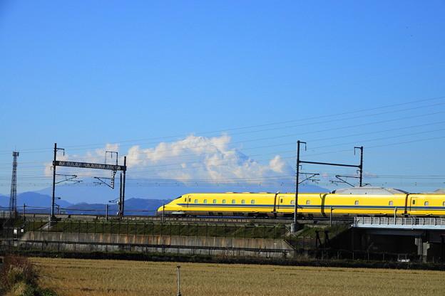 191204_R03_富士山とドクターイエロー・RX10M3 (6)