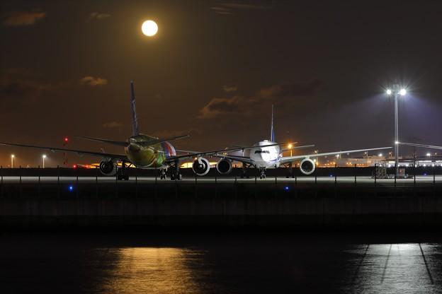 Photos: 空港夜景