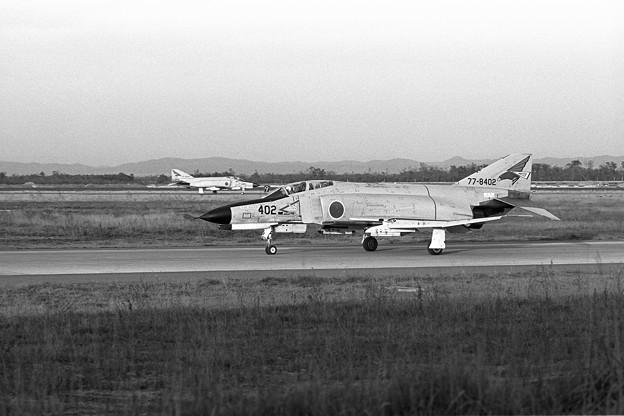 Photos: F-4EJ 8402 302sq 1979