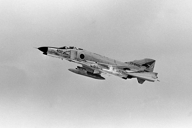 F-4EJ 8402 302sq Dart target  1980