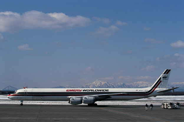 DC-8-73CF N870TV EmeryWorldwide CTS 1997