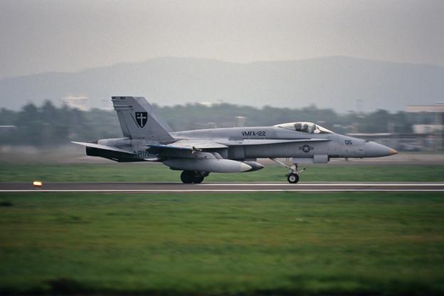 FA-18A 163154 BM-05 VMFA-122 CTS 2000