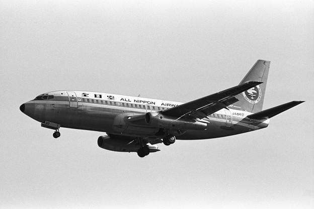 B737-200 JA8410 全日空 CTS 1979