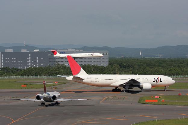 B777+MD-81+MD-90  2008