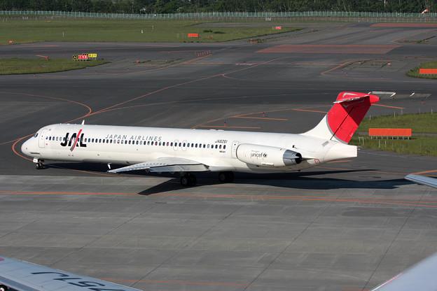 MD-81 JA8261 JAL CTS 2008