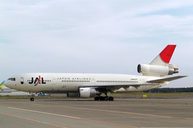 DC-10-40 JA8537 JAL CTS 2004