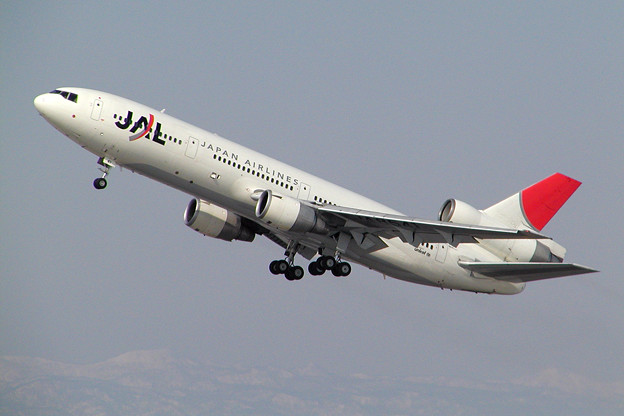 DC-10-40 JA8541 JAL CTS 2005.03