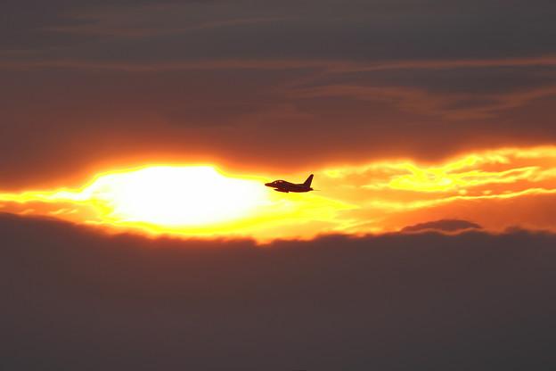 Photos: T-4 Jet Trainer