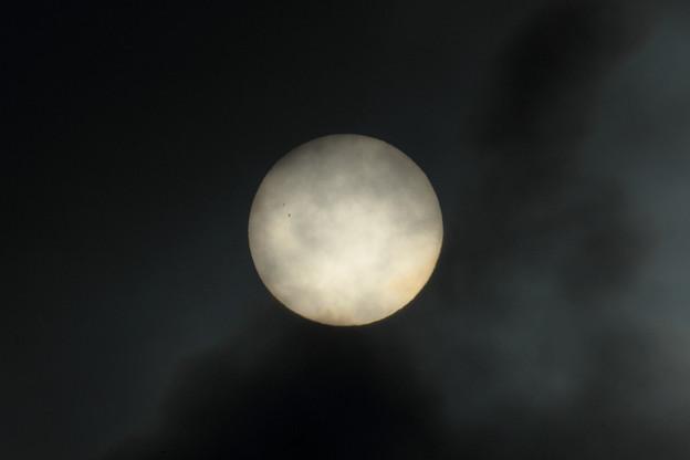 夕霧透かして太陽黒点 2021.0628