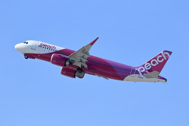 A320neo JA203P Peach
