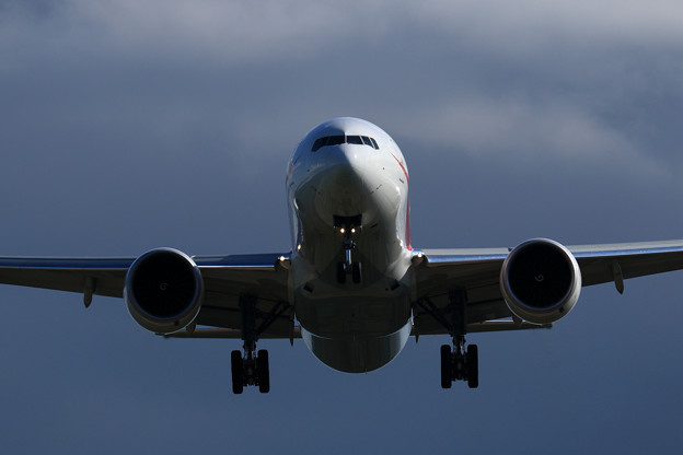 Boeing 777 Cygnus12 approach (2)