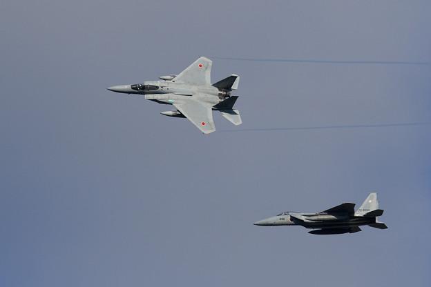 F-15 4機の左旋回による編隊解除 (3)