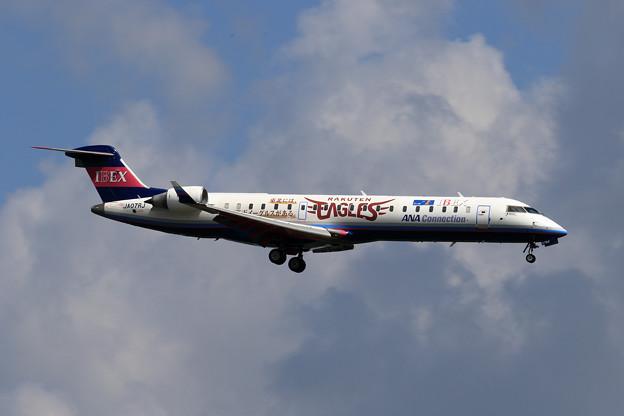 CRJ700 楽天イーグルスジェット JA07RJ approach