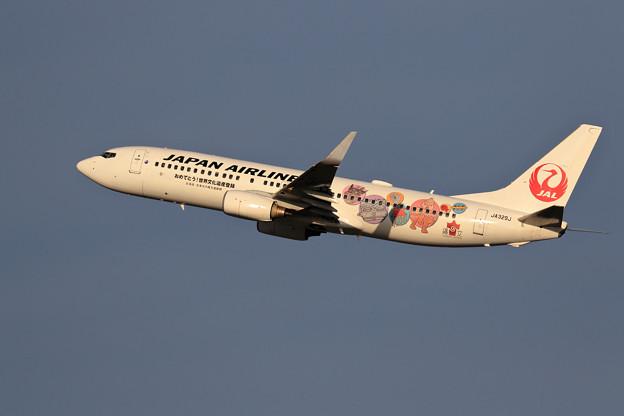 Boeing 737-800 JAL JOMONジェット JA329J