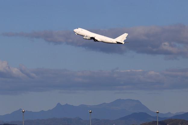 Boeing747F N407KZ Atlas Airと夕張岳
