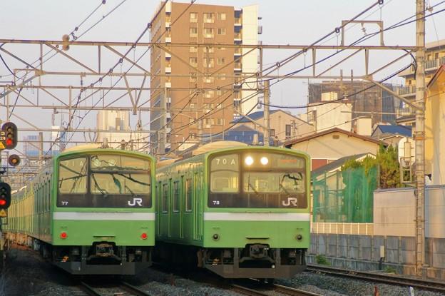201系並び(おおさか東線)