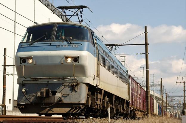 2077レ【EF66 108牽引】