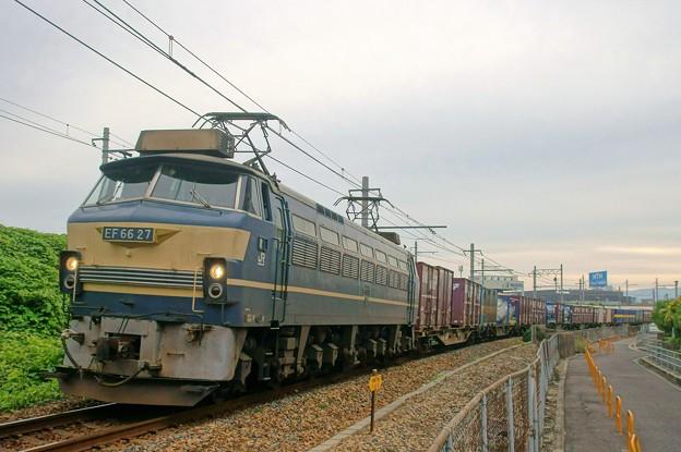 86レ【EF66 27牽引】
