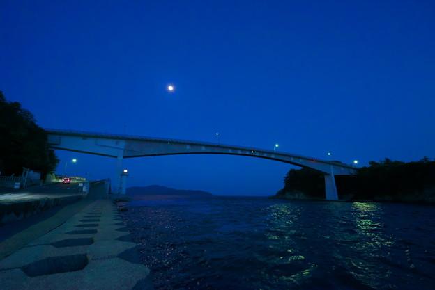 上関大橋 月の夜